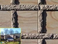 351 Magma sandsteingelb mit Pietra dorata fein geschliffen sonnig 351