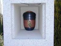 geoeffnete-urnenkammer-typ